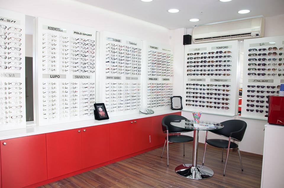 Formations, études : comment devenir opticien?
